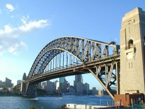 арочный мост Харбор Бридж