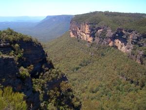 Рельеф и полезные ископаемые Австралии, влияние рельефа на климат континента