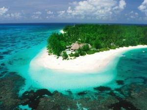 Какие курорты идеально подойдут для отдыха на море в ноябре